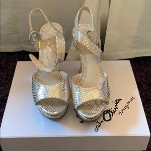 Alice and olivia silver wedges